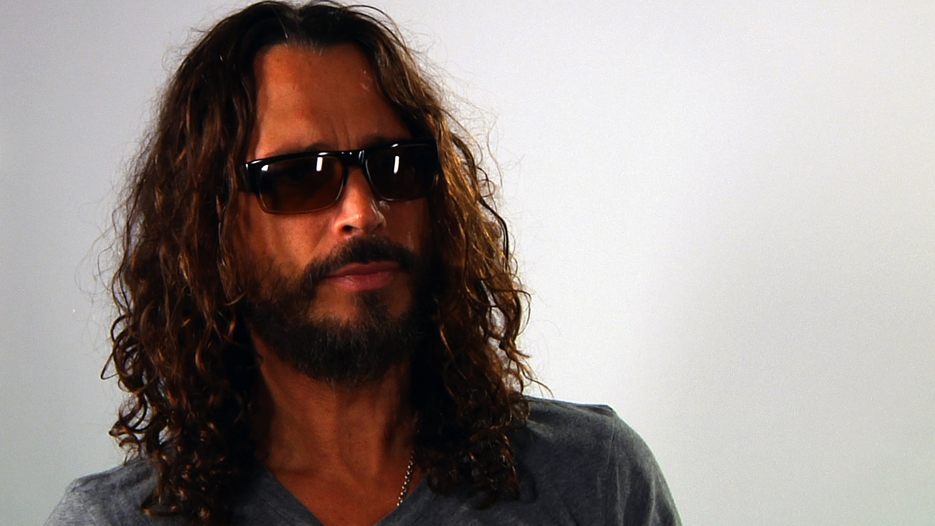 Chris Cornell covers Prince/Sinéad O'Connor's Nothing Compares 2 U